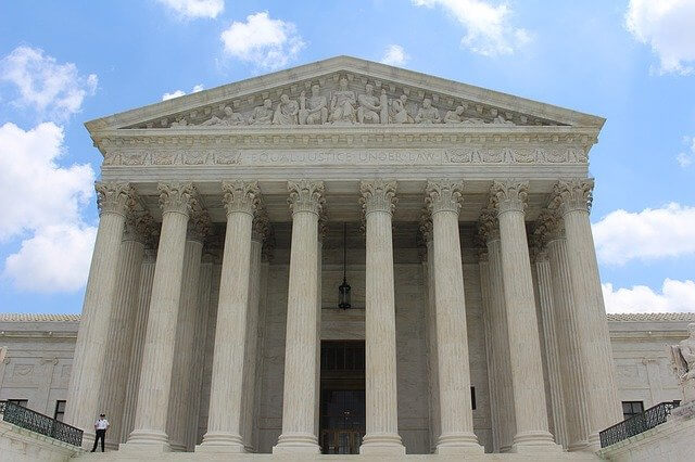 valor de indenização por danos morais - foto da Suprema Corte dos Estados Unidos da América